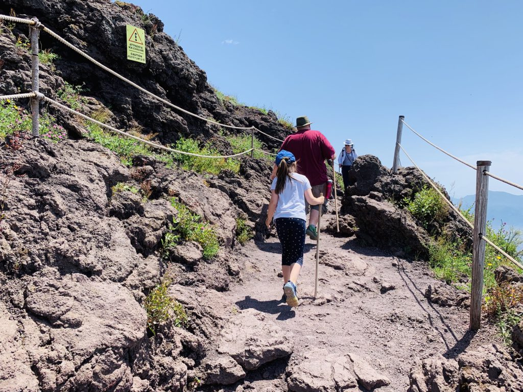 Walking round the crater of Mount Vesuvius